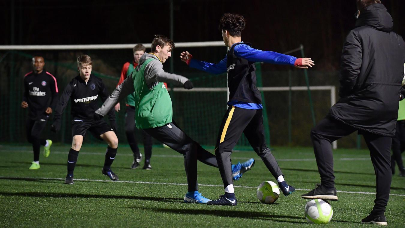 a-la-rencontre-des-jeunes-footballeurs-hazebrouckois-qui-ont-brille-en-coupe-gambardella