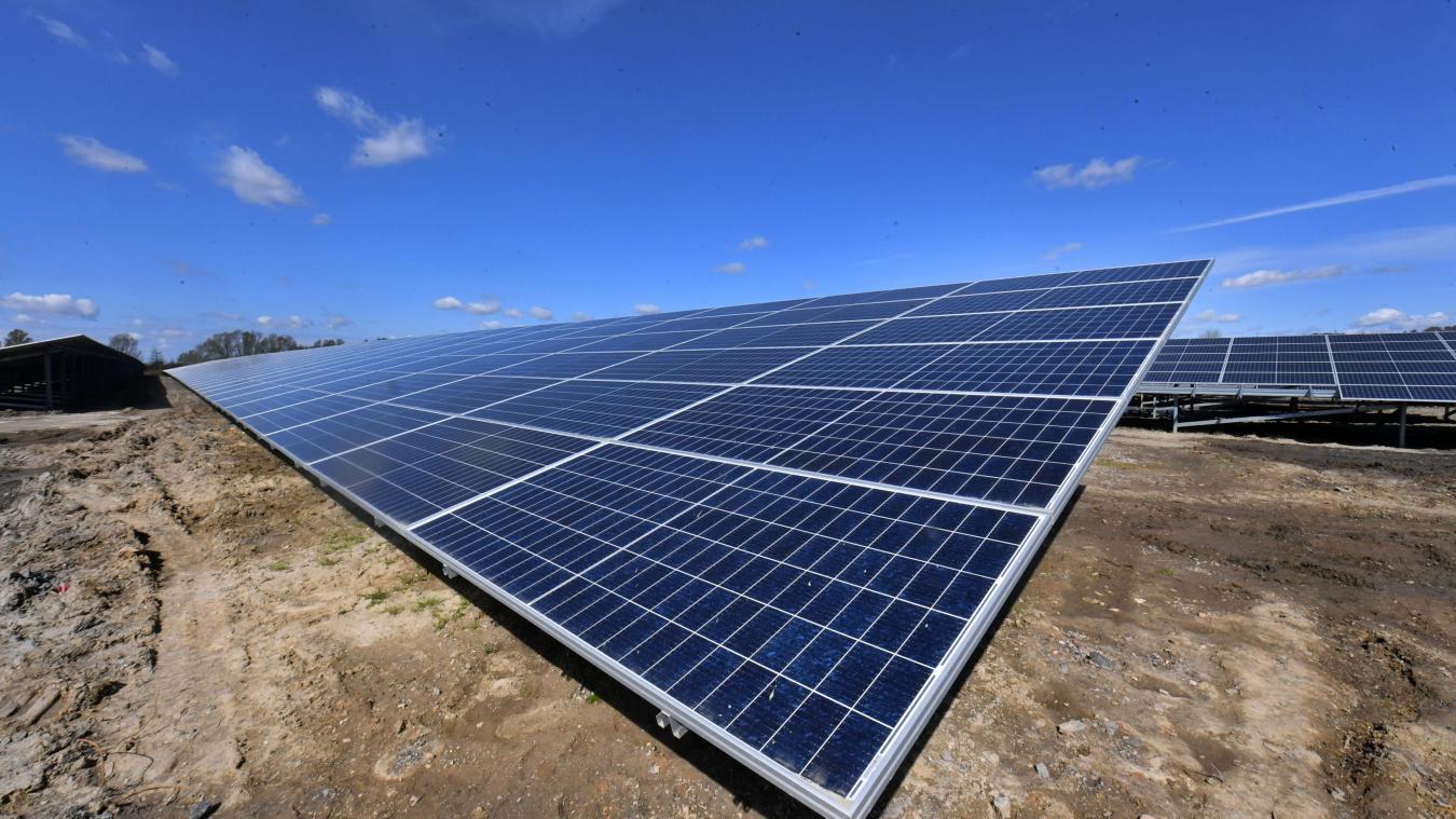 oxelaere-:-nord-nature-environnement-se-paye-la-nouvelle-centrale-solaire