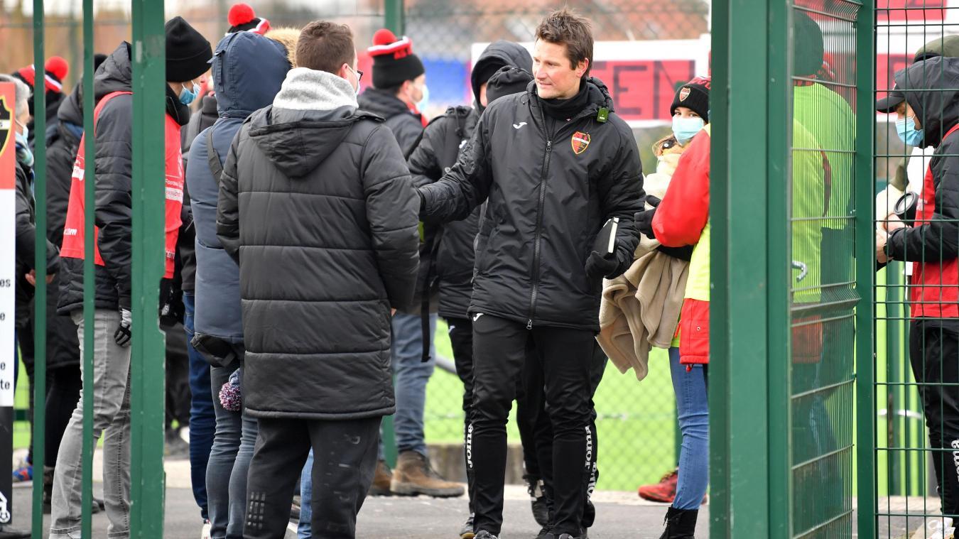 football-(r1)-:-l'ex-lensois-alexandre-nutte-file-a-steenvoorde,-qui-recrute-deux-joueurs