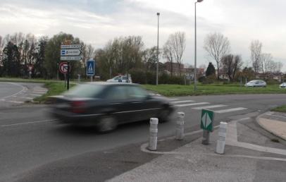 l'automobiliste-avait-mortellement-percute-un-cycliste-au-rond-point-du-kruysbellaert-:-du-sursis-requis