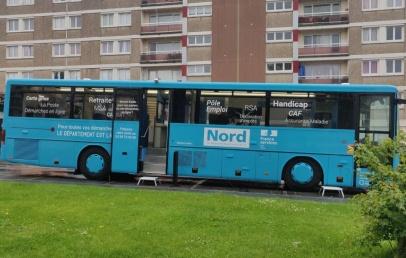 le-bus-bleu-france-services-vous-aide-a-faire-vos-demarches-administratives