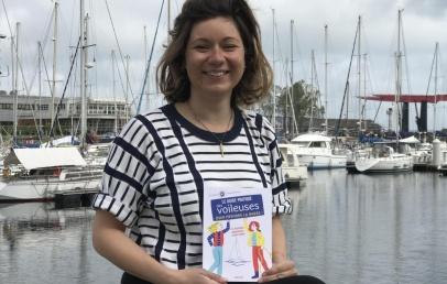 dunkerque:-la-coach-nautique-julie-mira-sort-un-guide-sur-la-voile-dedie-aux-femmes