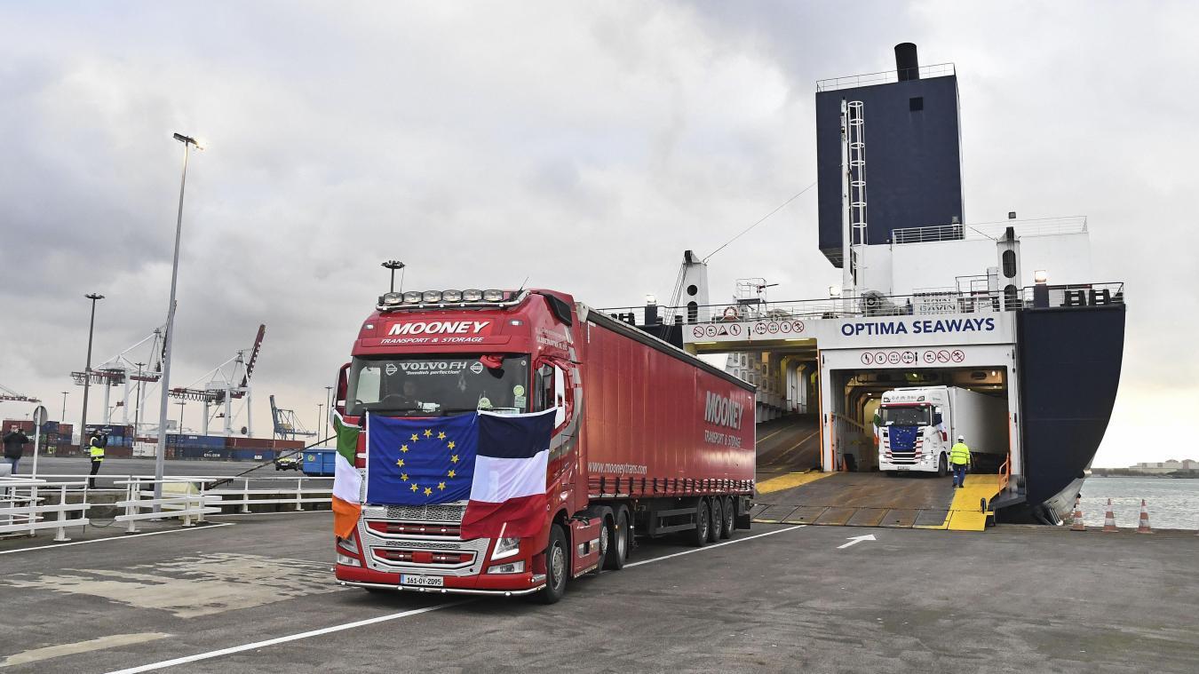 port:-dfds-reduit-son-service-entre-dunkerque-et-l'irlande