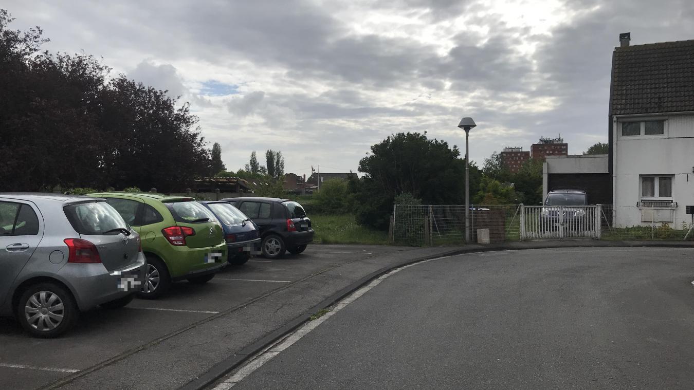 grande-synthe:-un-espace-vert-vendu-comme-terrain-a-batir-rue-des-floralies